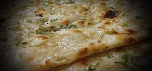 Garlic Naans Recipe in Hindi