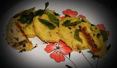 Bread Dhokla Sandwich Recipe In Hindi
